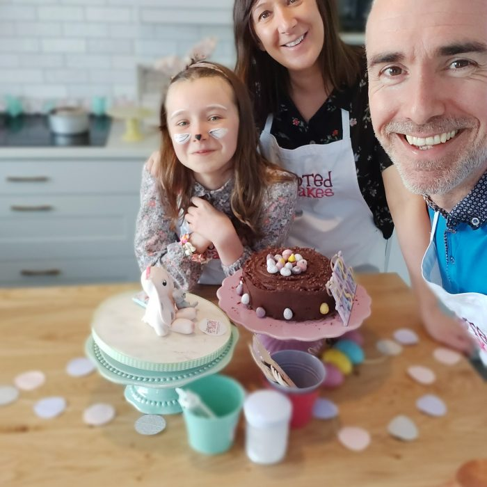 Live Bake Along – Chocolicious Easter Cake